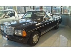Fioriera Mercedes 123 200D Blu
