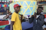 Bare come oggetti di design: l'iniziativa di 8 rifugiati