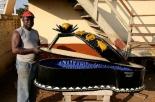 Paa Joe e le bare più bizzarre del mondo: un innovatore dell'arte funeraria